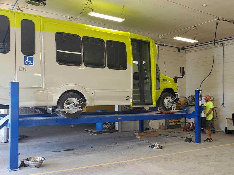 Vehicle Wheel Alignments for Buses, Rvs, Trucks & Specialty Vehicles
